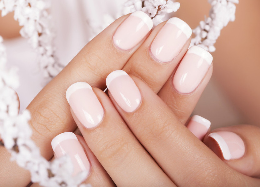 Price for gel nails with tips